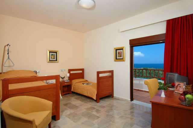 accessible-holidays-greece-crete-eria-resort-family-room