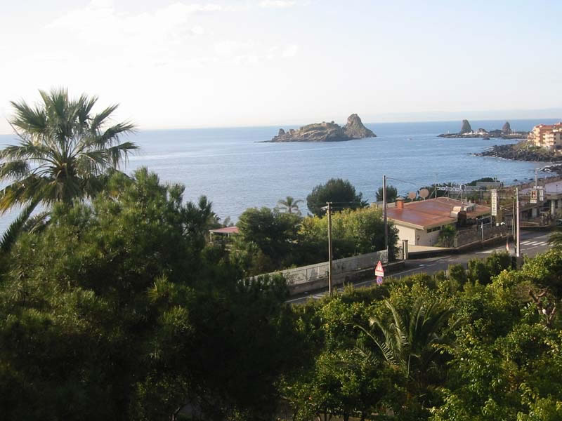 wheelchair-accessible-villa-delle-palme-balcony-view
