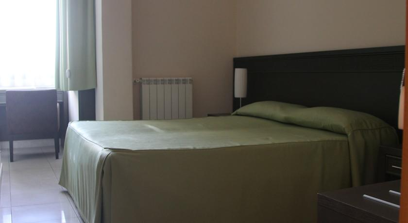 accesible-accomodation-sicily-italy-la-terrazza-bandb-double-room