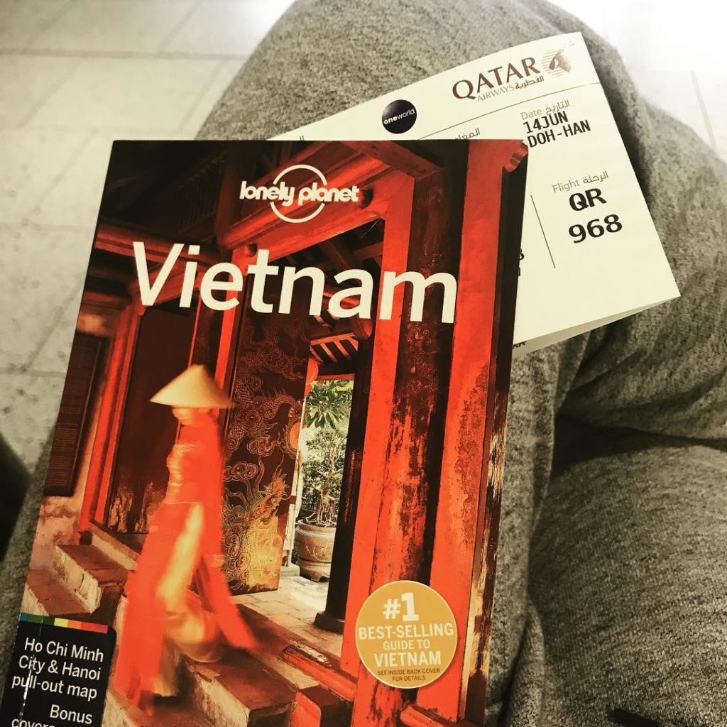 VVietnam Lonely Planet Guide Book