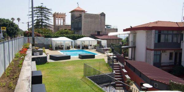 accesible-accomodation-sicily-italy-la-terrazza-exterior-view