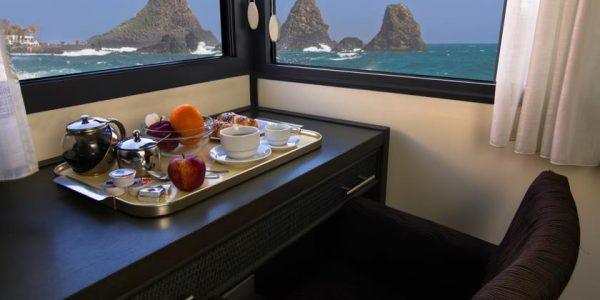 accesible-accomodation-sicily-italy-la-terrazza-sea-view-room