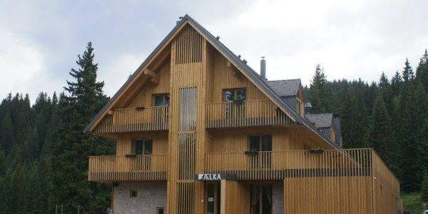 accessible-holidays-slovenia-hotel-jelka-exterior-view